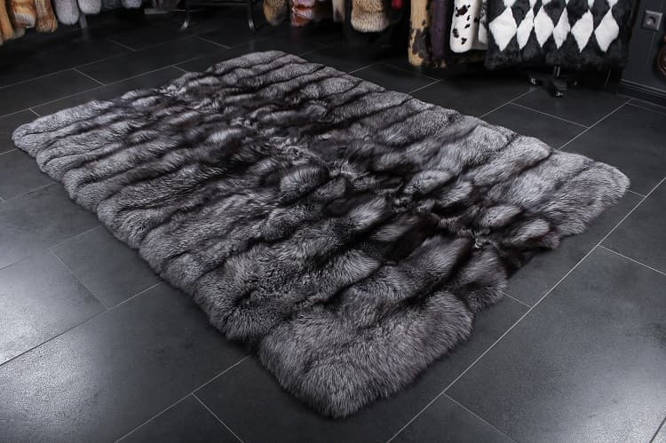 Cleaning Fur Rugs.